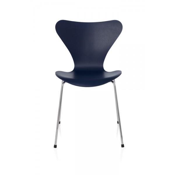 fritz hansen serie 7 chaise arne jacobsen. Black Bedroom Furniture Sets. Home Design Ideas
