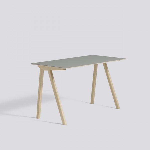 hay cph90 bureau met mat geverniste eiken frame. Black Bedroom Furniture Sets. Home Design Ideas