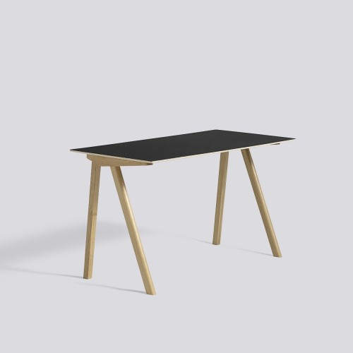 CPH90 DESK CLEAR LACQUERED OAK FRAME