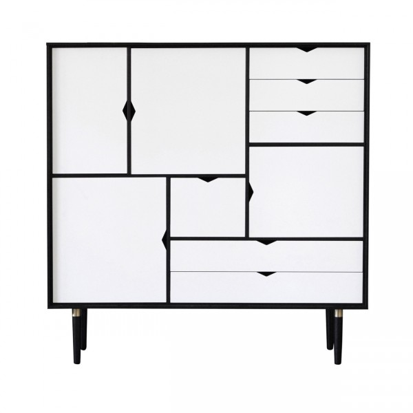 ANDERSEN FURNITURE S3 BYKATO STORAGE IN SOLID WOOD WITH WHITE FRONT
