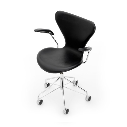 SERIES 7 SWIVEL CHAIR  WITH ARM RESTS BLACK LEATHER