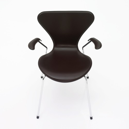 SERIES 7 ARMCHAIR BLACK LEATHER