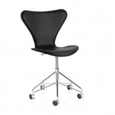 FRITZ HANSEN SERIES 7 SWIVEL CHAIR FRONT BLACK LEATHER