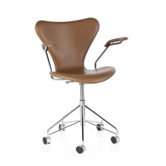 SERIES 7 SWIVEL ARMCHAIR WALNUT LEATHER